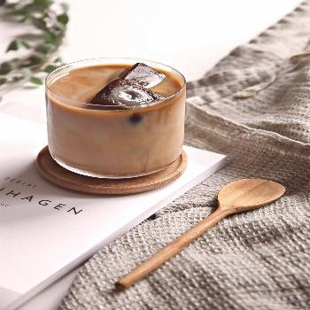 Only Deco Love: Cold Coffee with frozen coffee ice cubes @estemag